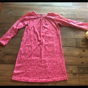 Carters girls size 6/7 nightgown
